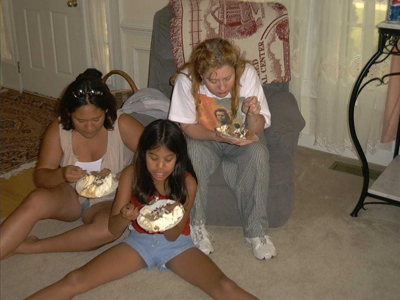 eating-cake.jpg